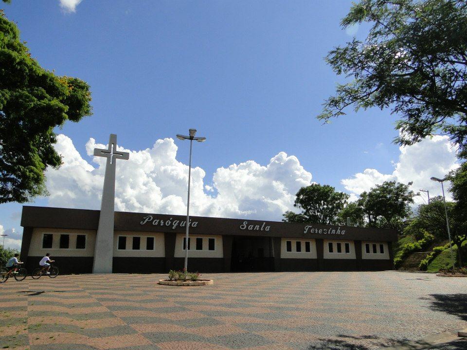 Paróquia Santa Teresinha - Botucatu