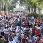 Romaria a pé marcou abertura da Semana da Família em São Manuel