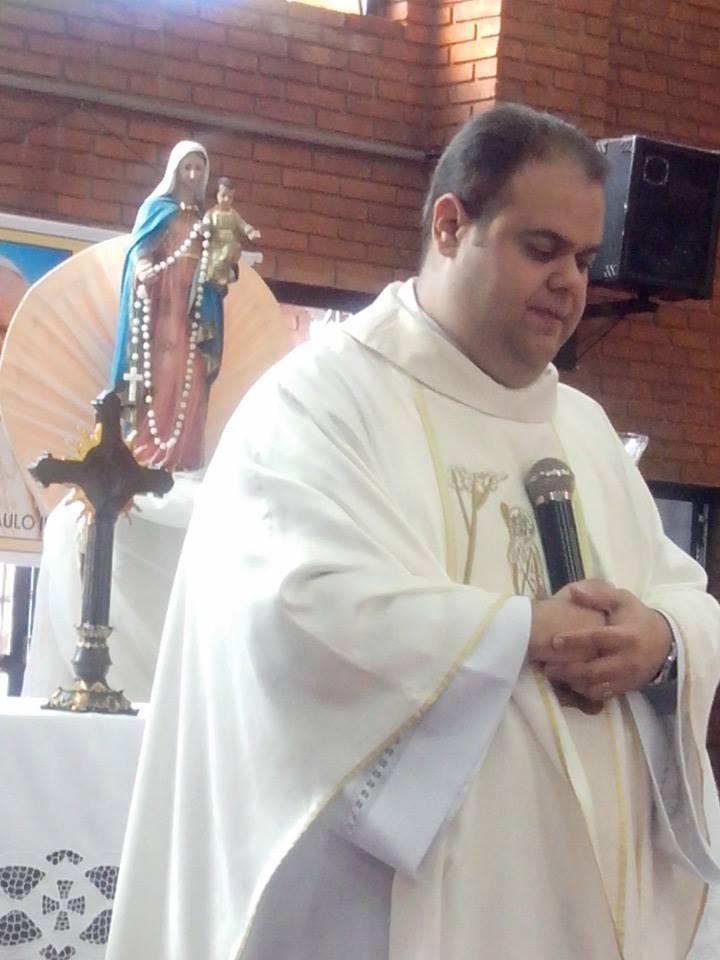 Estado de saúde do Padre Márcio Godoy Júnior, pároco de São João Batista de Itatinga