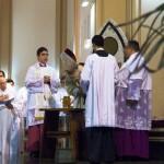 Santa Missa Crismal reuniu presbíteros, diáconos e fiéis de toda a Arquidiocese; Dom Maurício presidiu a celebração