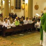 Dom Maurício presidiu Missa de Investidura e Renovação de 103 MECEs de Paróquias de Botucatu