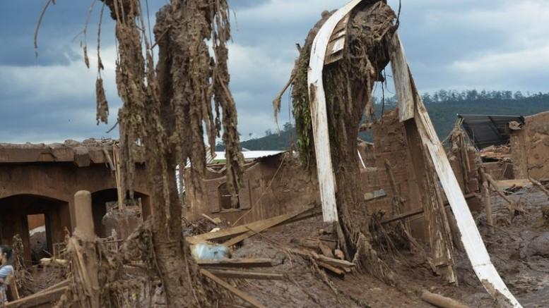 1 ano da tragédia de Mariana; ONU pede ação urgente