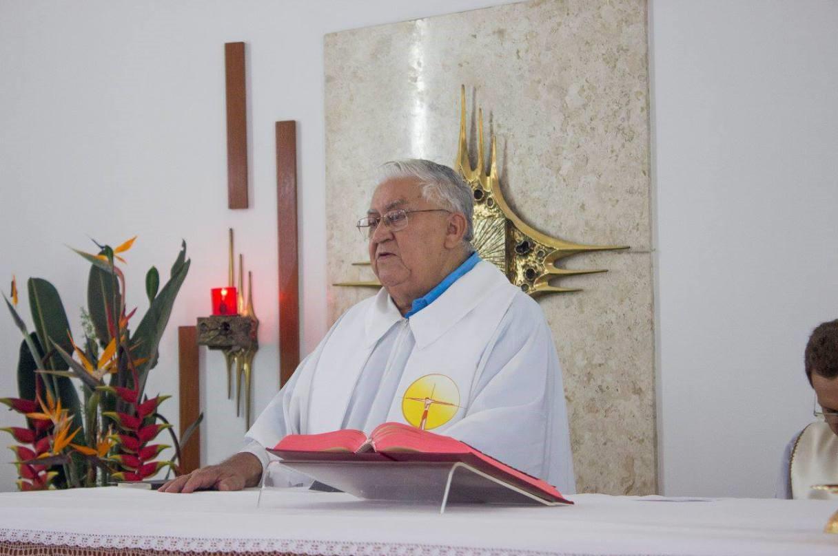 Padre Adriano Prado, IMC, comemora jubileu de ouro sacerdotal