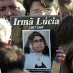 Por que Lúcia não foi canonizada?