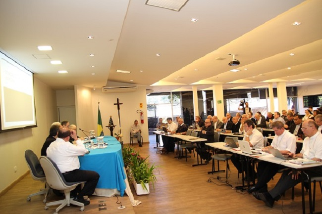 CNBB: bispos analisam conjuntura política do Brasil em reunião