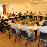 Reunião para estudar o Documento Preparatório do Sínodo dos Jovens