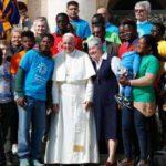 Papa lança campanha da Caritas para acolhida de migrantes e refugiados