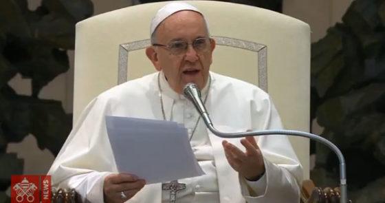 Na catequese, Papa destaca verdadeiro significado do Natal