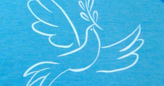 Homens e mulheres em busca da paz