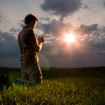 Qual é a importância de viver a maturidade na oração?