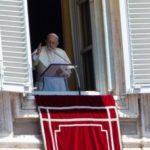 Papa adverte: muitos batizados vivem como se Cristo não existisse