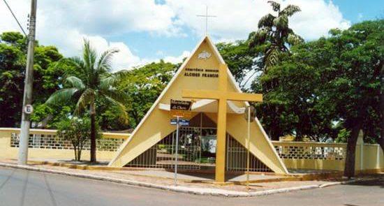 Horários de missa nos cemitérios de Lençóis Paulista em Finados