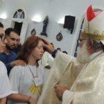 Dom Maurício celebrou em Borebi e Lençóis Paulista o Sacramento do Crisma