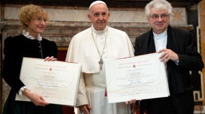 Papa: mais espaço às mulheres nas funções de responsabilidade da Igreja