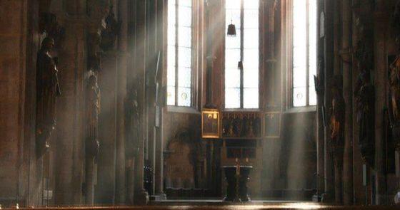 Papa dá indicações quanto à desativação de locais de culto