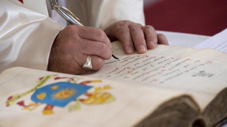 As tarefas da Comissão Ecclesia Dei passam à Doutrina da Fé