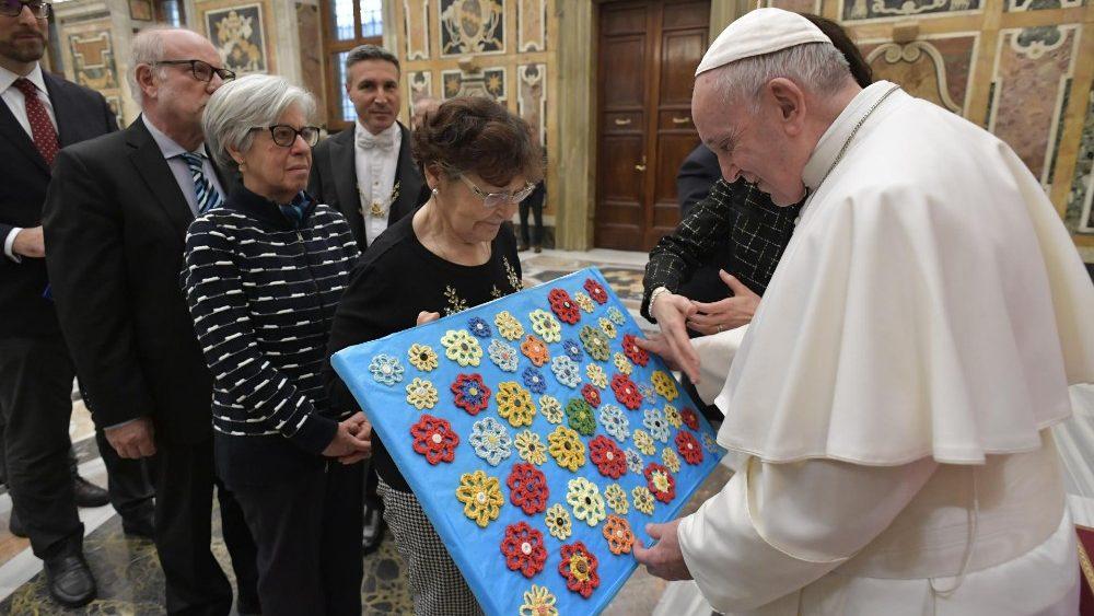 Papa Francisco: defender a vida desde a concepção até o fim
