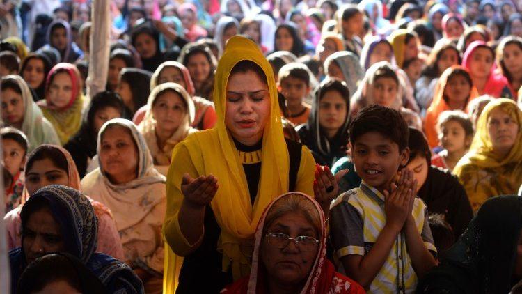 Paquistão: 5.000 fiéis esperados em Karachi para as celebrações da Páscoa