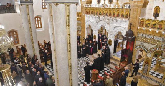 Migração de cristãos é dano muito mais sério que o dano material a uma catedral, diz cardeal Zenari