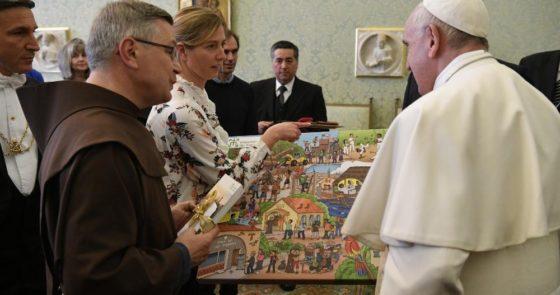 Papa: sofremos com os limites da Igreja; ouvir o Senhor para renovar