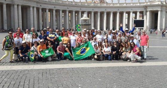 Grupo de peregrinos da Bahia participa do Angelus com o Papa Francisco