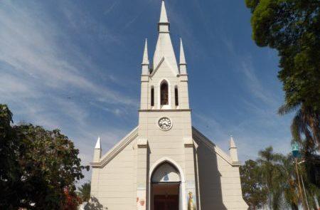 Milhares de fiéis são esperados no Santuário de Aparecida de São Manuel neste sábado (12)