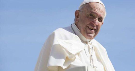 """Papa aos jovens japoneses: """"combater a pobreza espiritual é um dever de todos"""""""