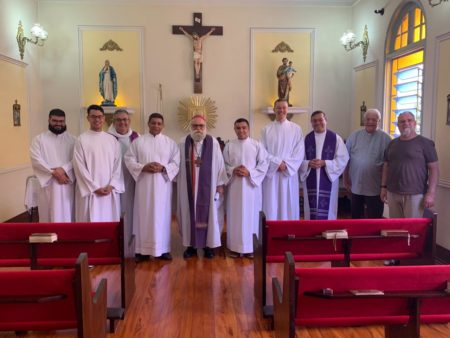 Cinco seminaristas receberam admissão às Ordens Sacras