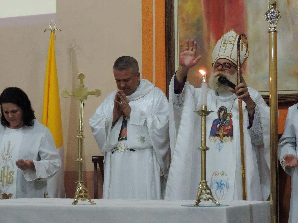 Dom Maurício celebra missa solene dos 11 anos da Paróquia Consolata em São Manuel