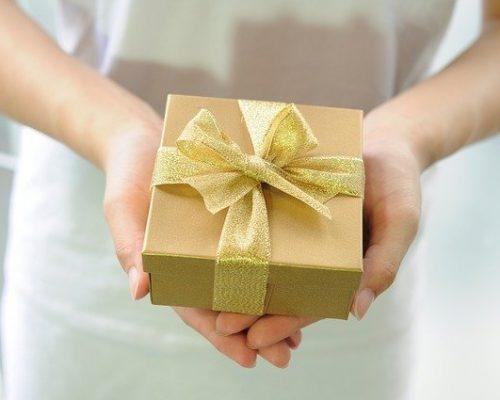 Há algo tão importante quanto saber dar: saber receber