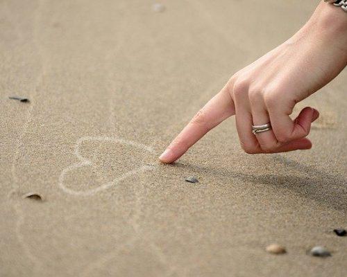 """As 3 palavras que você deveria """"tatuar"""" no seu coração"""
