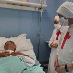 Cuidar dos doentes, aprendendo o que significa amar