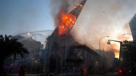Cidadãos não se deixarão intimidar por ameaças de violência, dizem bispos chilenos