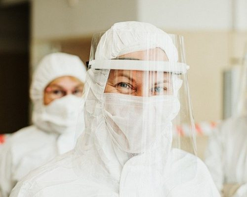 Prevenção à saúde dos pobres: Vaticano oferece vacina contra gripe e teste da Covid-19