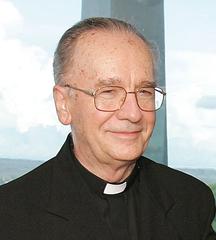 Papa Francisco se alegra pelo Doutorado Honoris Causa do cardeal Hummes