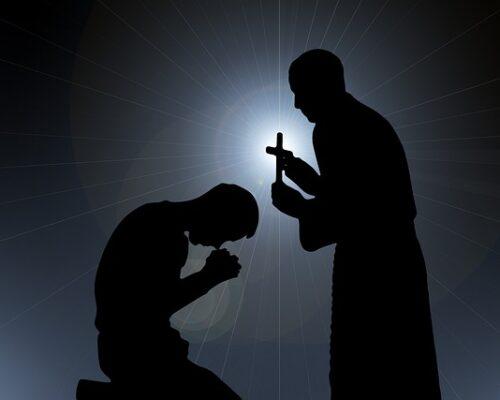 Cardeal Pell: perdoei meus acusadores na prisão, a fé me manteve vivo!