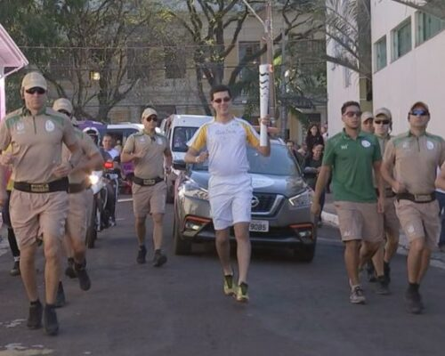 Botucatu: Padre atleta que carregou tocha olímpica em 2016 acredita que Jogos de Tóquio vão promover a 'união familiar'